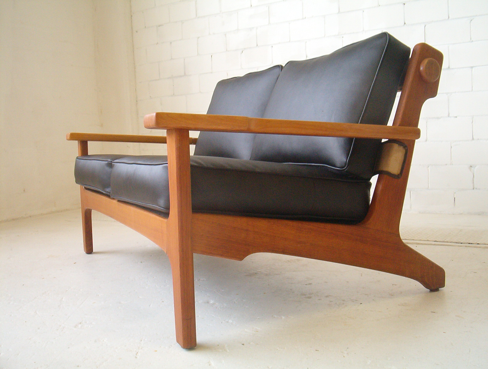 Amazing Vintage Tessa Lounge Sofa Couch T5 Retro Vintage Sofa Danish Lounge Era Caraccident5 Cool Chair Designs And Ideas Caraccident5Info